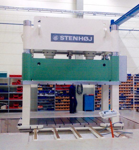 Stenhöj 600 tons provpress